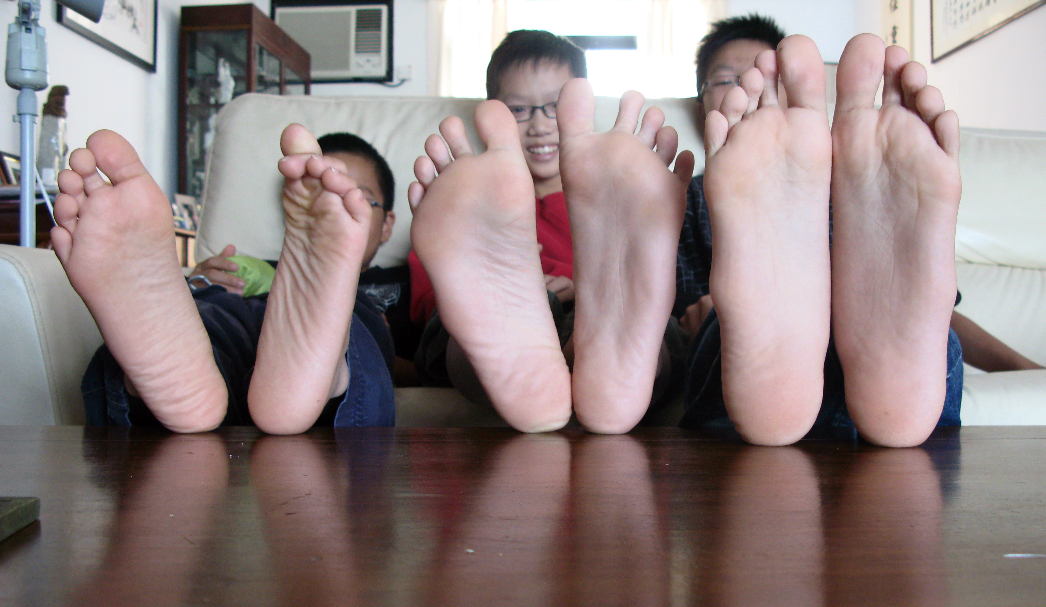 asian-foot-sole